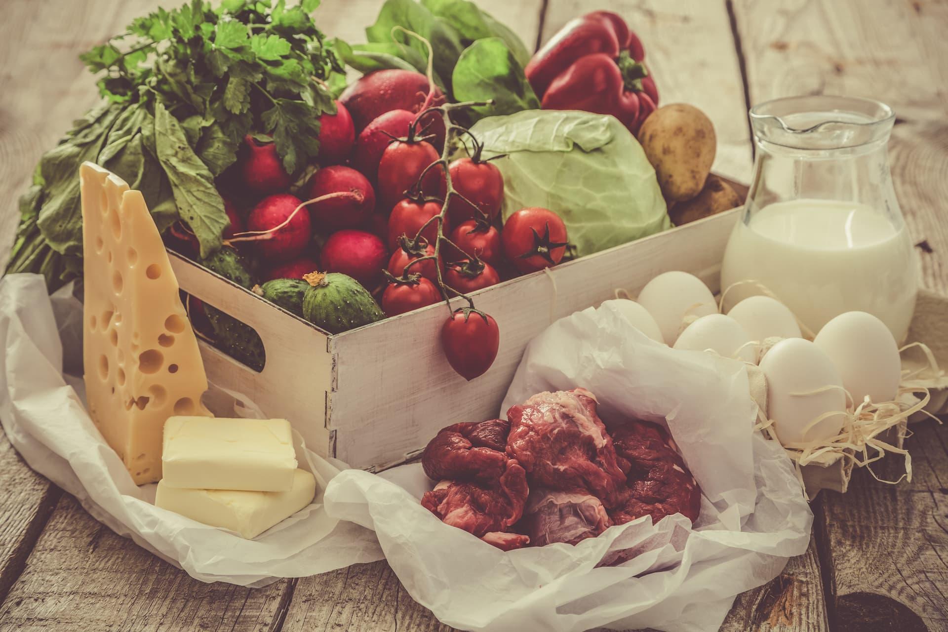 fruta queso carne
